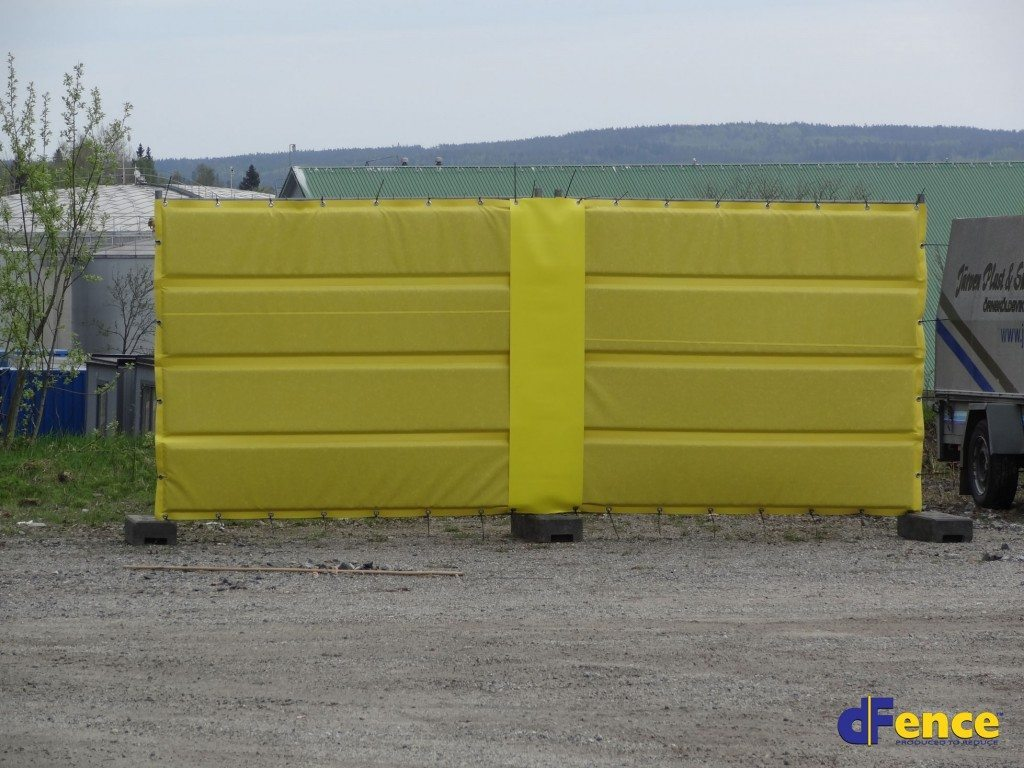 construction noise barrier for fencing