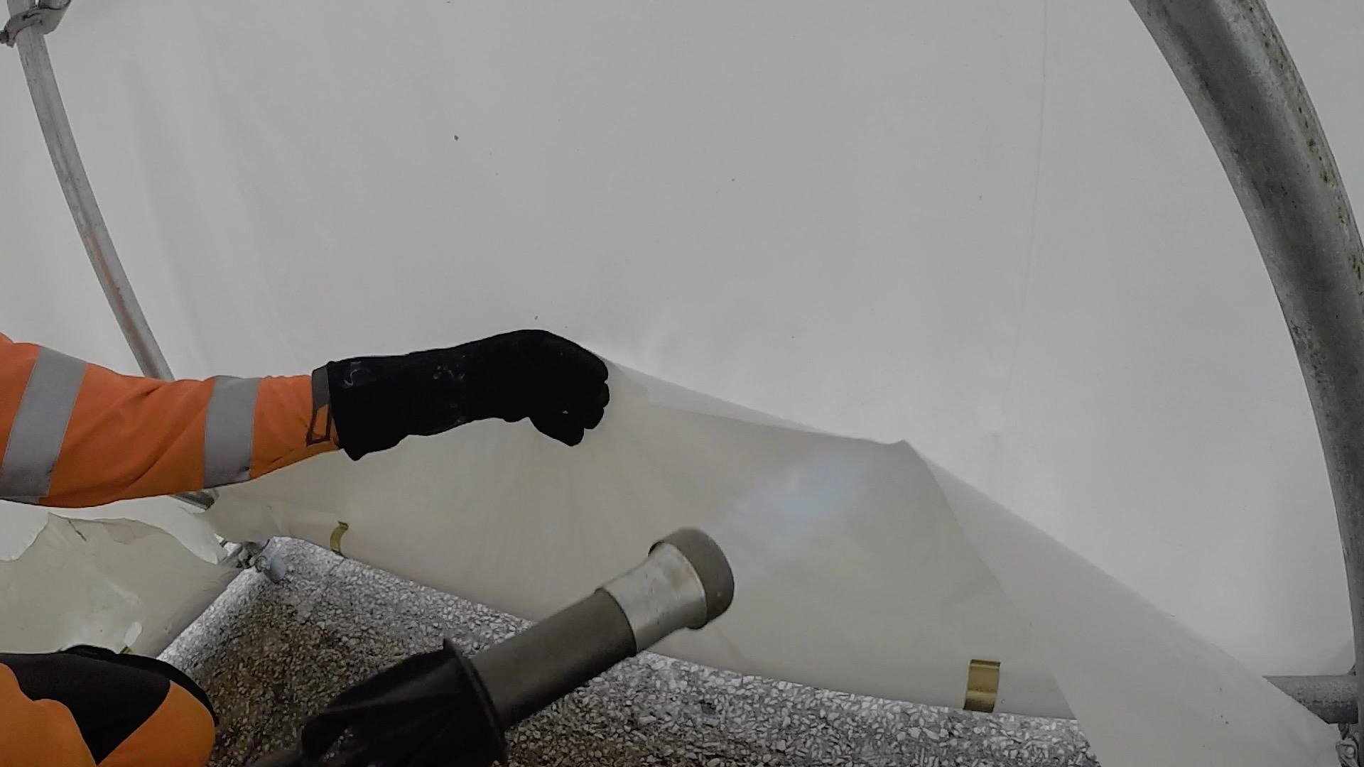 Welding sheeting around scaffold tube