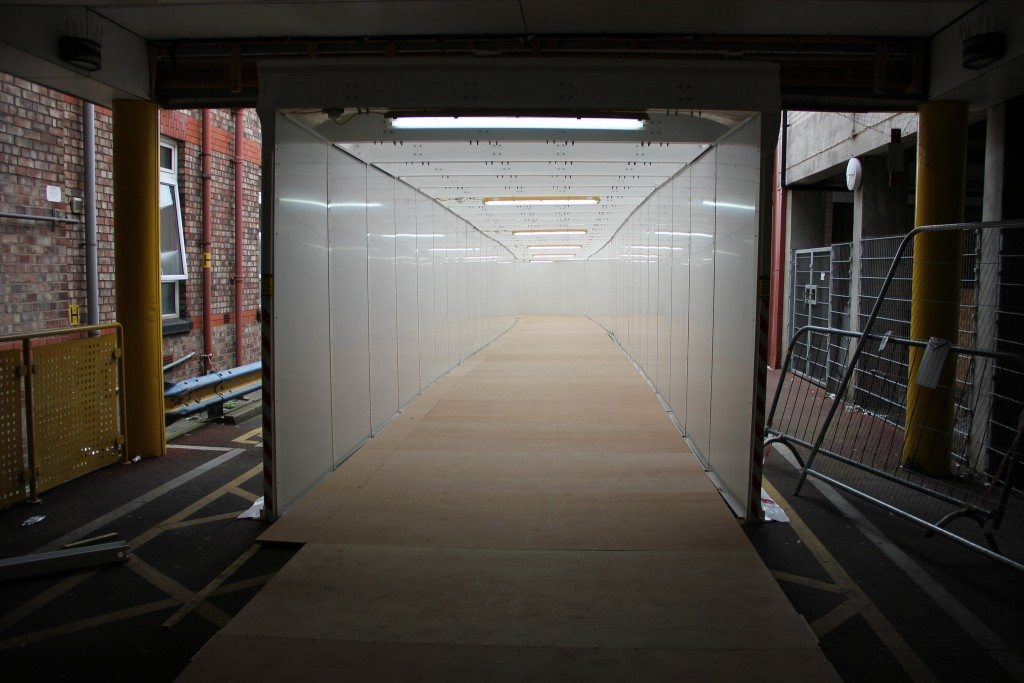 temporary pedestrian walkway